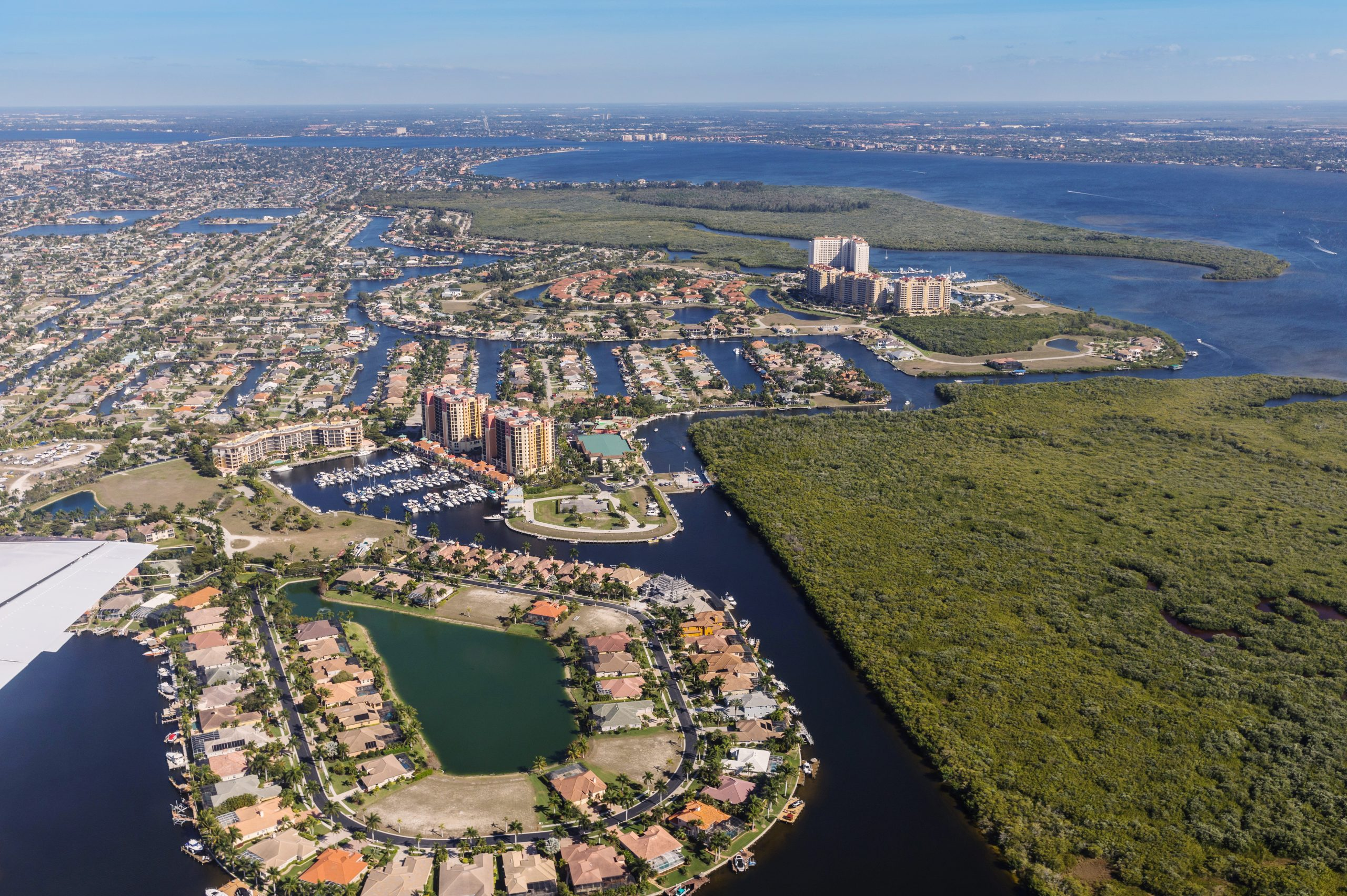 Read more about the article Cape Coral: A Booming Florida Beach Town With a Midwestern Feel